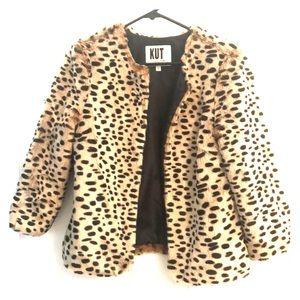 Faux Cheetah 3/4 Sleeve Jacket